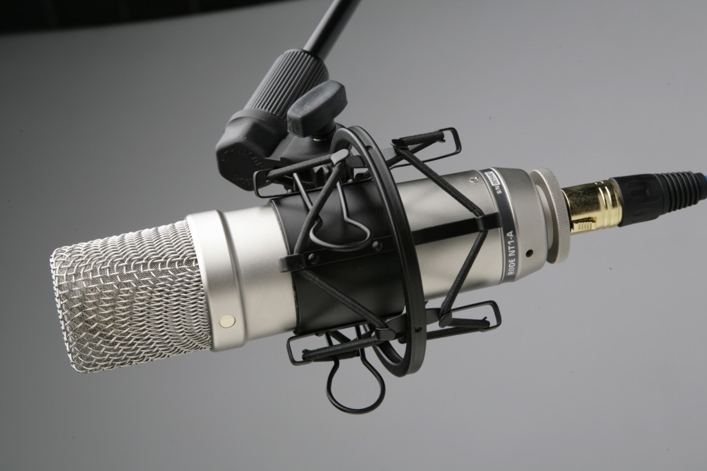 rode-nt1-a-podcasting-microphone-1024x683